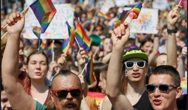 Мы ждем, что будет реакция на нападение: организаторы Марша равенства пришли на Банковую к Зеленскому