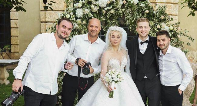 «Ого, у бджилки с*сяндры выросли»: Алина Гросу показала все четыре свадебных наряды, сразив наповал своей красотой