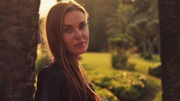 «Я не хотела разводиться»: Слава Каминская заинтриговала полуголым фото в сети