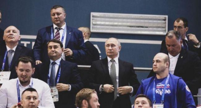 Путину – убийце украинцев, террористу, пришлось встать во время исполнения гимна Украины на Европейских играх