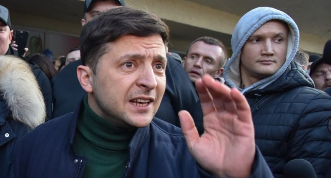 Загородний: Зеленский попал в ловушку еще во время президентской кампании, поэтому его рейтинг падает
