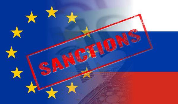 «Не смеются «Искандеры», приуныли «Тополя»: журналист показал, что с Россией сделали санкции