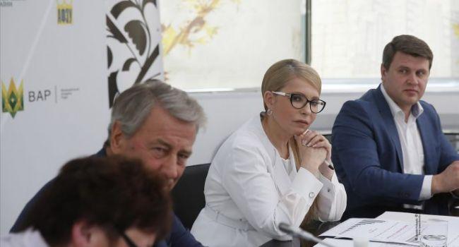 Аналитик: по логике Тимошенко, получается, Зеленский также зарабатывает на войне?