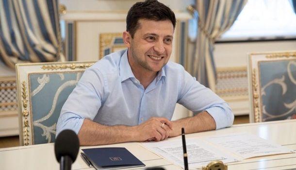 Отныне гражданские смогут занимать должность главы Минобороны – решение Зеленского