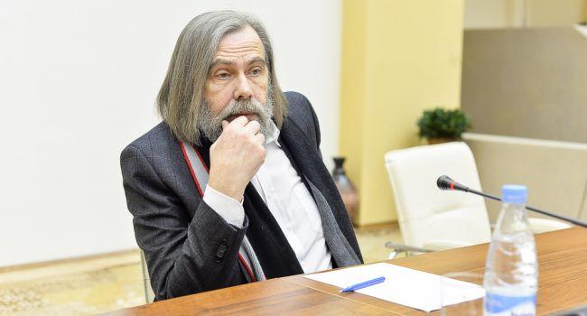 «Истерическое состояние и отсутствие жесткой руки»: Политолог прокомментировал решение отменить телемост