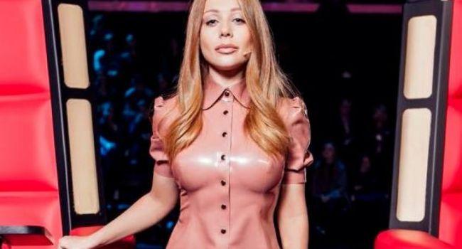 «Что ты творишь, нельзя быть такой шикарной»: Тина Кароль восхитила новым снимком без белья