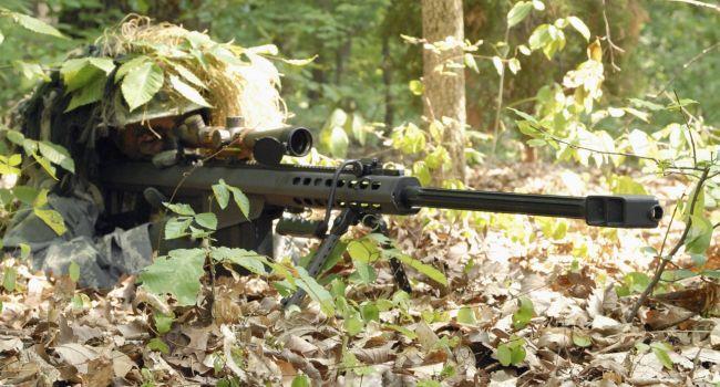 «При мне зарплата снайпера в ООС выросла из 600 гривен до 29 тысяч в месяц», - Порошенко