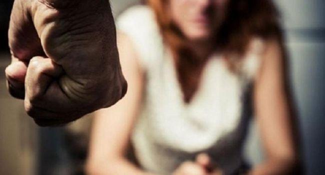 На Харьковщине задержали мужчину, который похитил и изнасиловал 19-летнюю девушку