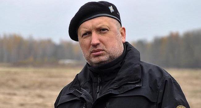Турчинов: через сутки Россия будет готова начать полномасштабное вторжение в Украину