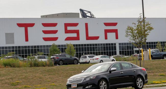 В компании Tesla решили пересмотреть ценовую политику