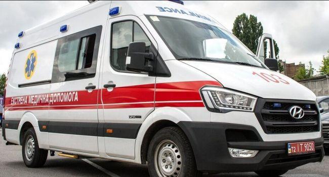 В Киеве разбился мужчина при попытке спуститься с пятого этажа на простынях