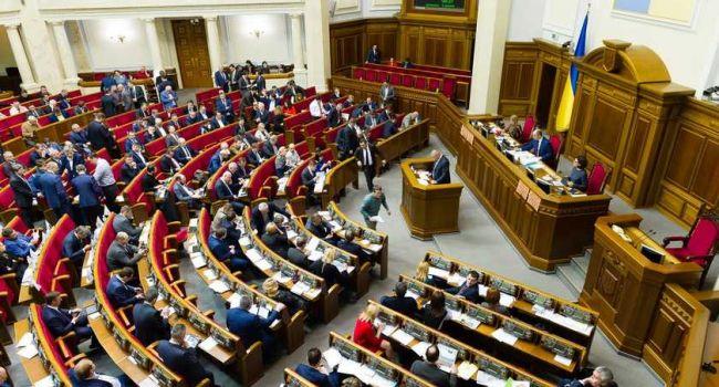 Политолог: девятый парламентский созыв не сумеет проработать отведенный ему законом срок полностью