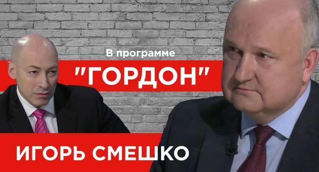 Тыщук: вчера Гордон втюхивал пирамидки онкобольным, а сегодня он втюхивает болеющей Украине спасителя Смешко