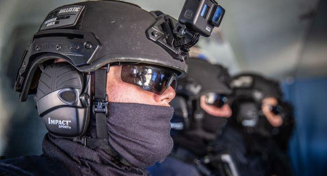 Глава МВД привел спецназ в состояние повышенной боевой готовности
