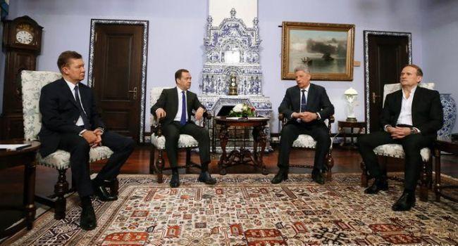 Кремль готовий запропонувати Зеленському товар, яким ще не так давно хвалився Медведчук - політолог