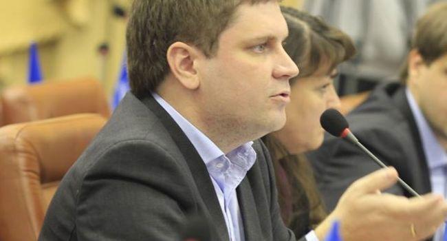Пятигорец: новой власти пора уже готовить ответы на ряд вопросов и, наконец-то, уже сказать, почему Ахметов не сидит?