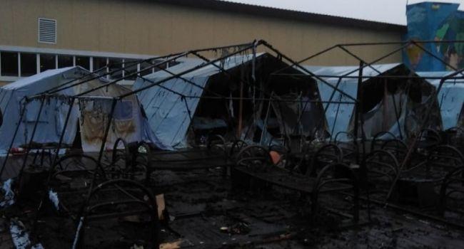 В России при пожаре в детском палаточном лагере погиб ребенок