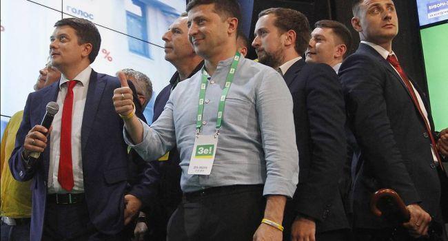 Фамилии новых премьер-министра и спикера Рады покажут, кто на самом деле управляет «Слугой народа» - Роднин