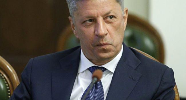Украинцы хотят видеть новым премьер-министром Бойко