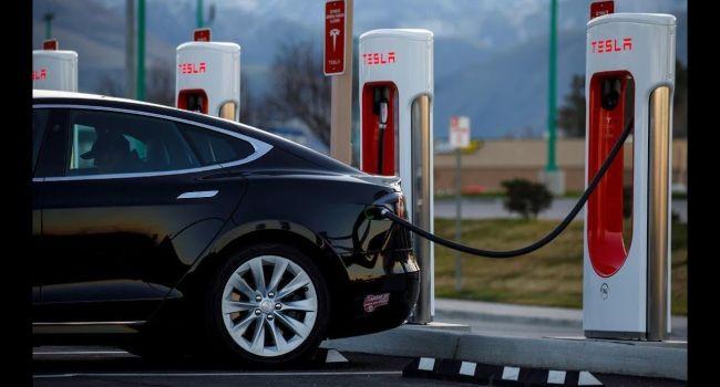 Рост производства электромобилей может остановиться из-за нехватки материалов, используемых для изготовления аккумуляторных батарей