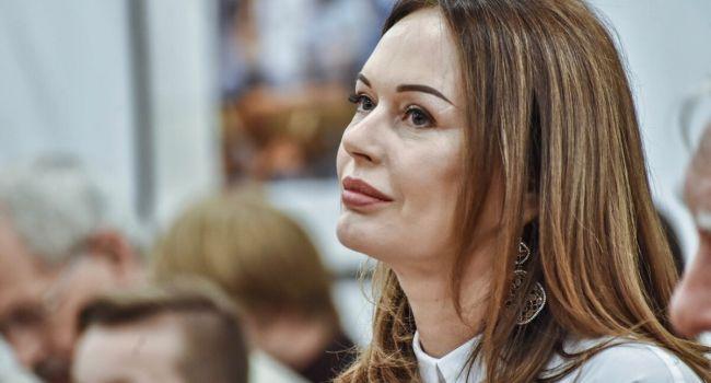 «Он что-то чувствовал»: Безрукова рассказала, как её покойный сын спасся от теракта