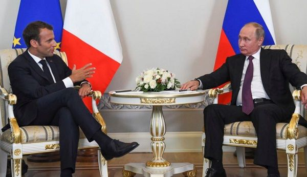 Агрессор Путин посетит Францию, чтобы поговорить об Украине