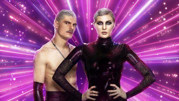 «Самая пиз**тая пара шоу»: Марув облачила партнера по «Танцах со звездами» в латексный БДСМ-наряд и поставила на каблуки