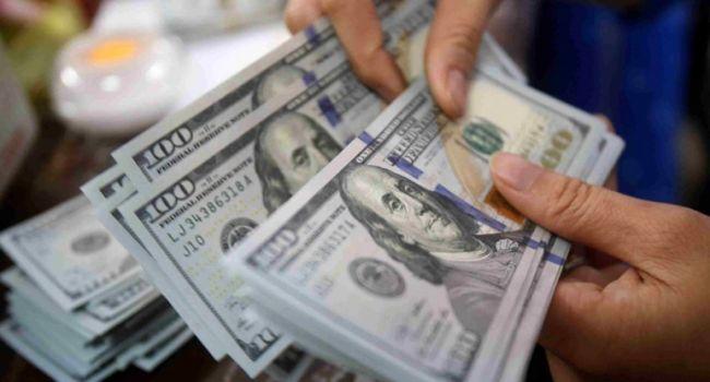 Банкир: коварный МВФ – средняя зарплата в Украине уже почти обновила исторический максимум в долларах