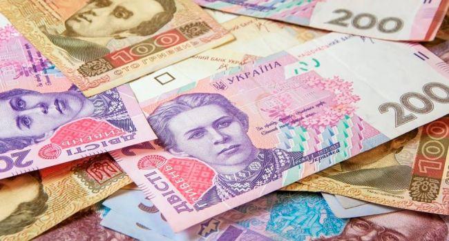 До конца года Украина должна выплатить почти 7 млрд долларов