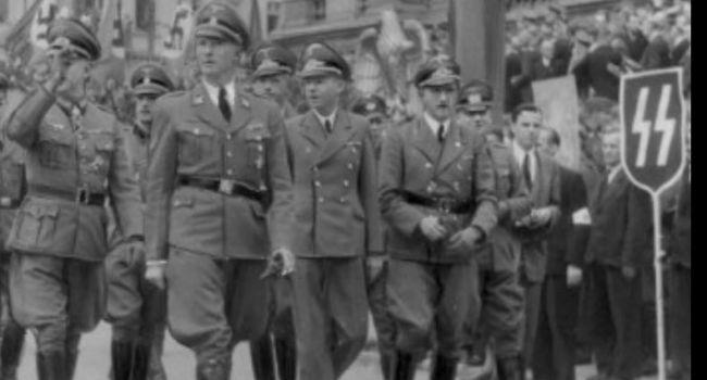 Азаров: «Украина стала местом встреч нацистов и их последователей»