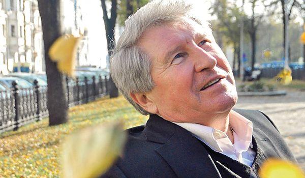 «Опять надо благодарить за чудо»: легендарный футболист наглядно прогнулся перед Путиным