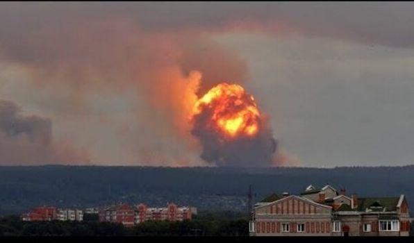 «Больных привозят в костюмах радиационной защиты»: в сети появилась новая тревожная информация относительно взрыва в РФ