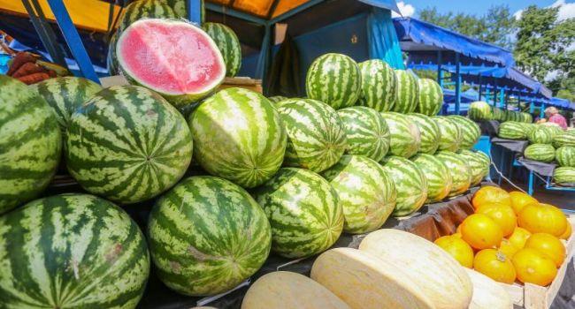 Категорически противопоказан: медики рассказали об опасности арбуза