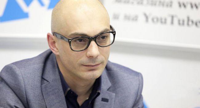 «Делайте выводы из ситуации в Киргизии»: Российский политолог дал советы киевским властям