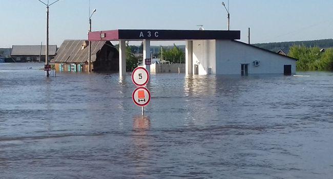 Вторая сильнейшая волна: на российские регионы снова обрушился паводок