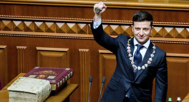 Олешко: нужно критиковать Зеленского за коррупцию и другие промахи, но нельзя уничтожать его среди военных, как Главнокомандующего