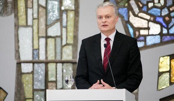 Президент Литвы не намерен говорить с Путиным до завершения эскалации в Украине