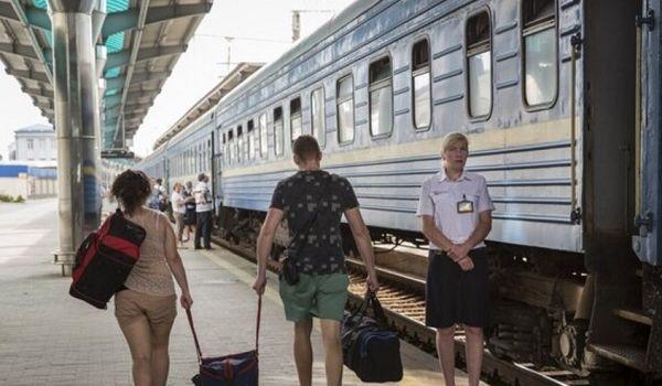 «Поездатое сообщение»: в сети высмеяли запуск оккупантами ж/д сообщения