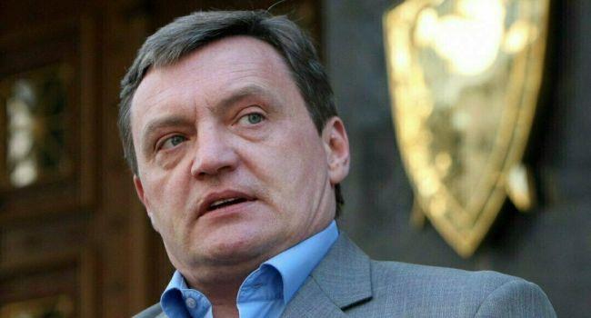 «Обзывал телезрителей придурками»: Азаров напомнил украинцам, что за человек Грымчак