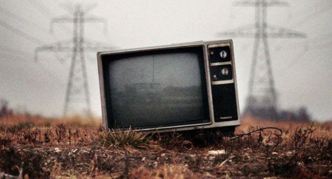 Стоит ли в наше время отказываться от телевизора