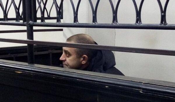 При выходе из СИЗО в Мариуполе жители едва не растерзали боевика Кирсанова
