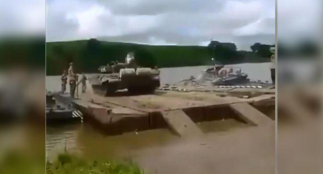 Боевики «ЛНР» утопили танк с людьми, есть жертвы