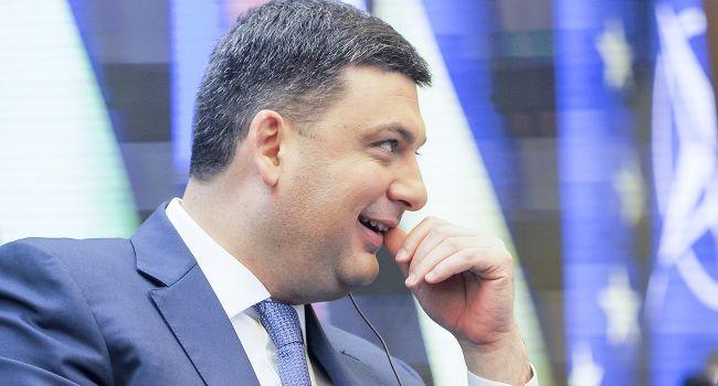 Журналист: «Гройсман хвастается, что Госкино распилило более двух миллиардов гривен, сняв бездарные фильмы»