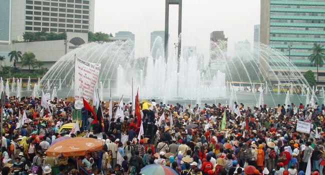Президент Индонезии официально заявил о переносе столицы