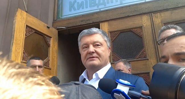 Арестович: то, что пинают Порошенко пока похоже на личную месть Портнова