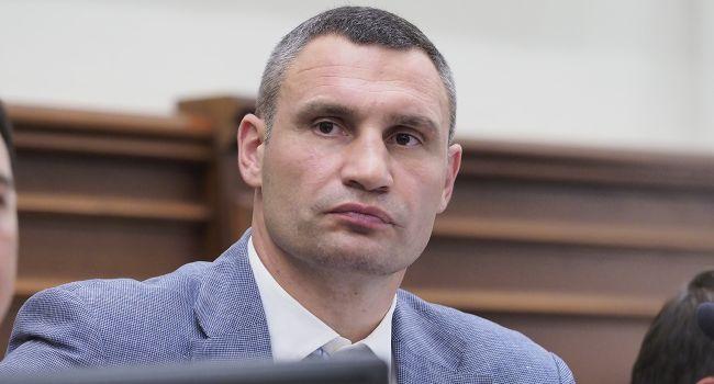 Политолог назвал последний вариант, как Зеленскому все-таки «попрощаться» с Кличко