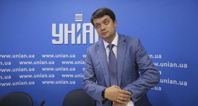 Политолог о заявлении Разумкова: выборы закончились пришло время сказать правду
