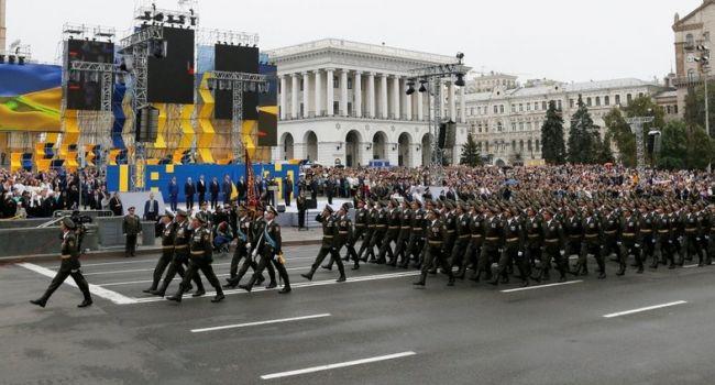 Политолог: День Независимости в этом году рискует не стать моментом консолидации для украинского общества и это проблема