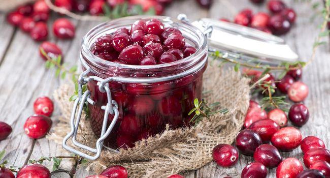 Спасет от зубной боли: медики рассказали об уникальных свойствах ягоды