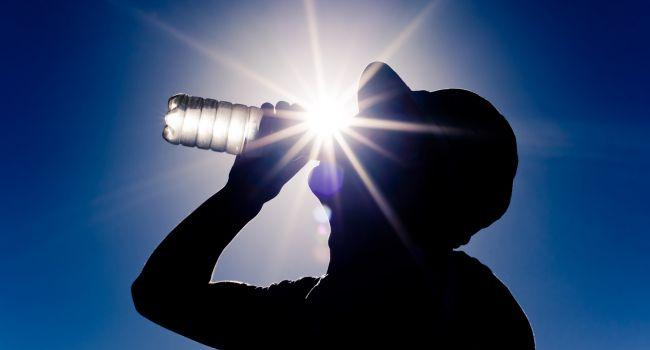 Аномальная жара без дождей: синоптики удивили прогнозом погоды